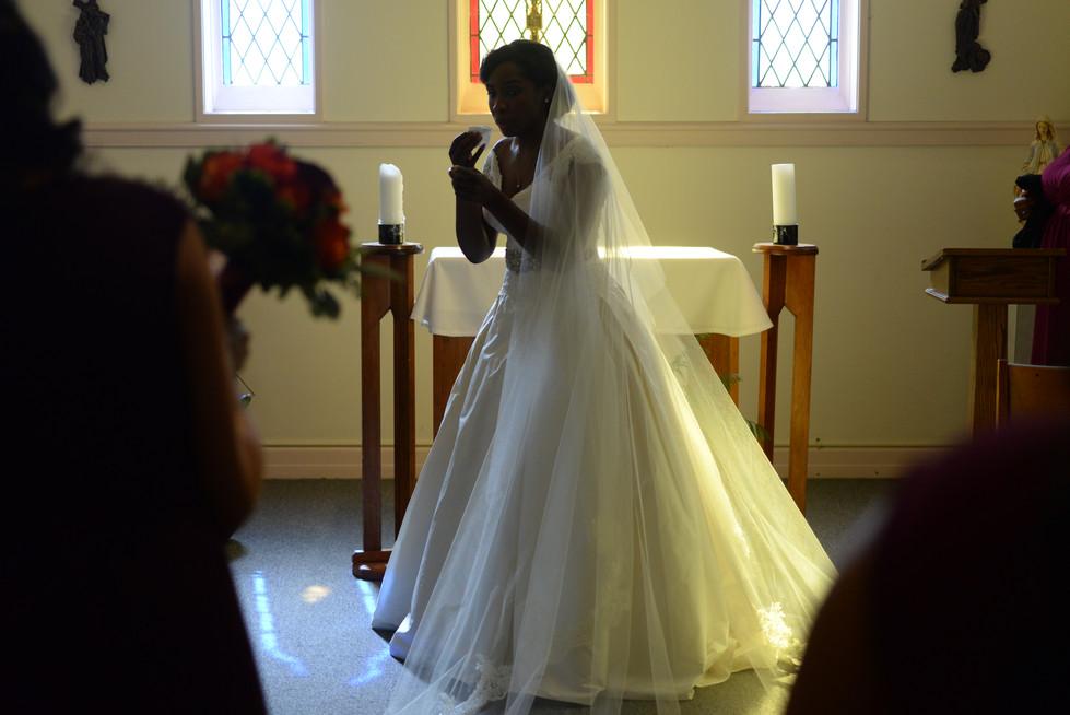 Heartfelt moments before the wedding