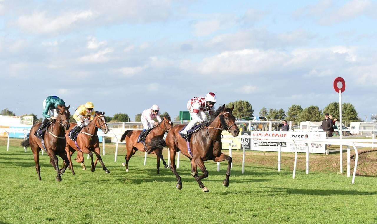 Rochford wins at Yarmouth under Hayley Turner