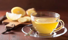 האם כדאי לשתות מים עם לימון בכל בוקר?