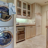 full-laundry-and-additional-appliances.j