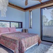 cottage-bedroom-7-with-no-bath1.jpg