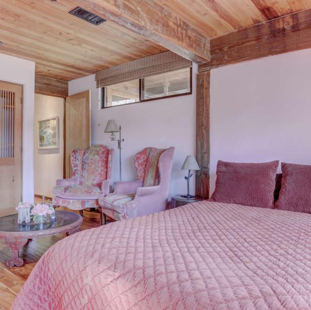 golden-door-suite-bedroom-2.jpg