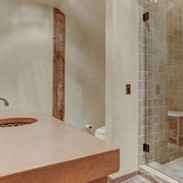 full-bath-serves-bed-3-and-common-areas.