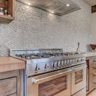 stellar-kitchen-with-bertazzoni-range-ov