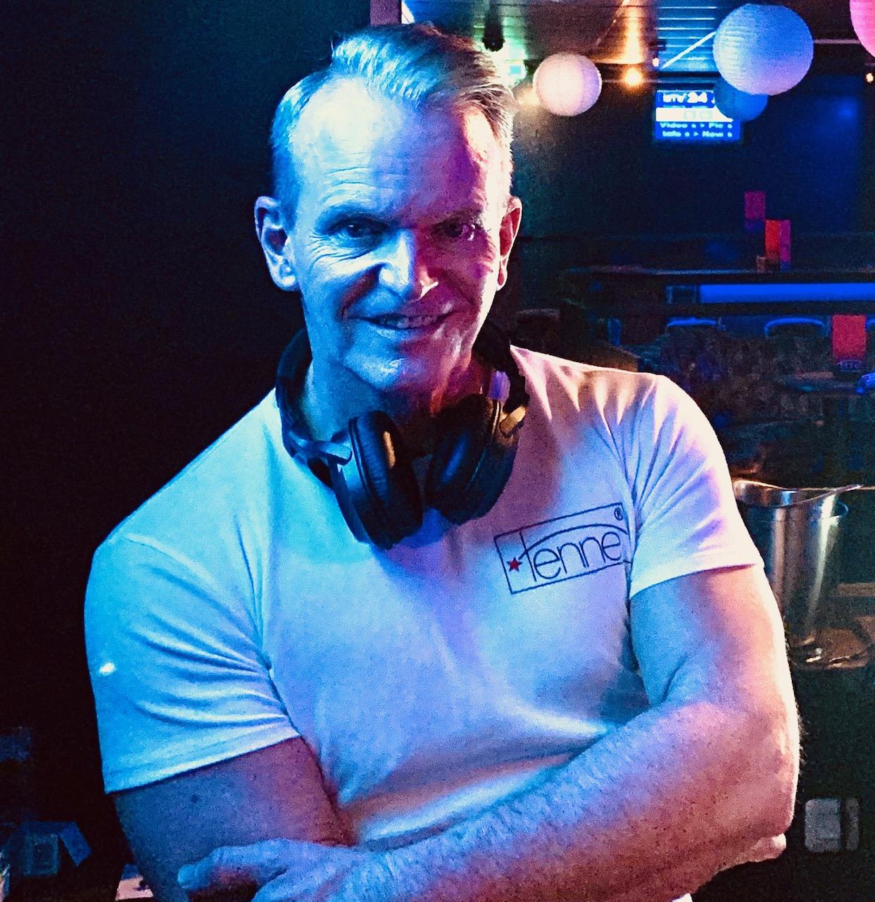 TENNE SAARBURG DJ PATRICK WILBOIS