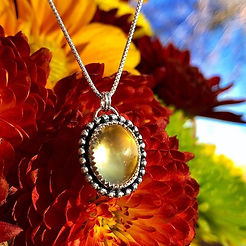 Citrine carries the power of the Sun. 🌞