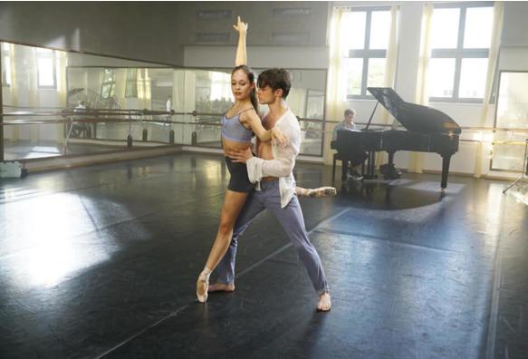 Juliet Thomas Doherty dancing