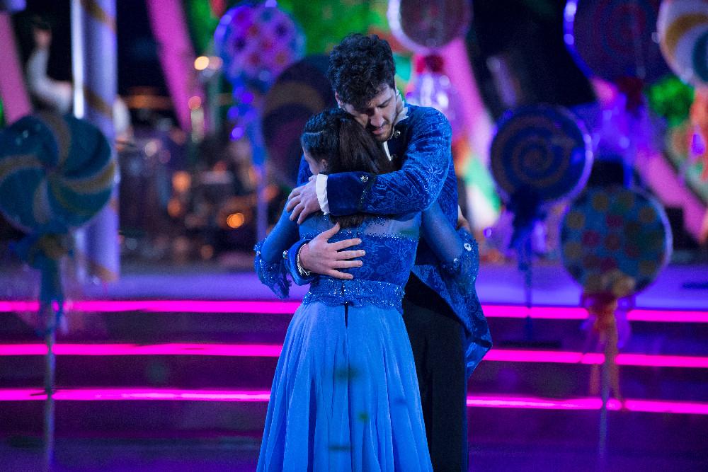 Laurie-Hernandez-Val-DWTS