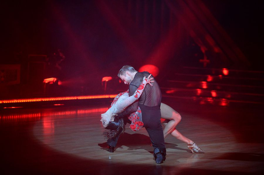 Derek Hough paso doble.