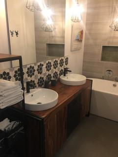Salle de bain sous-sol 3.JPG