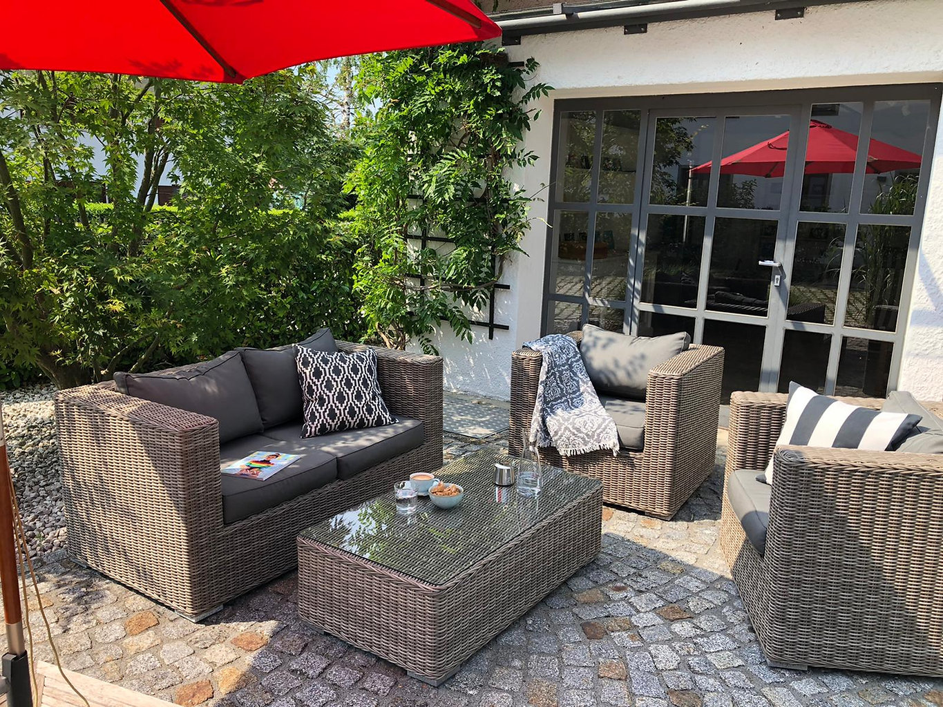 Outdoor:Lounge.jpg