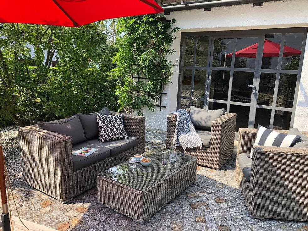 Outdoor:Lounge.jpg