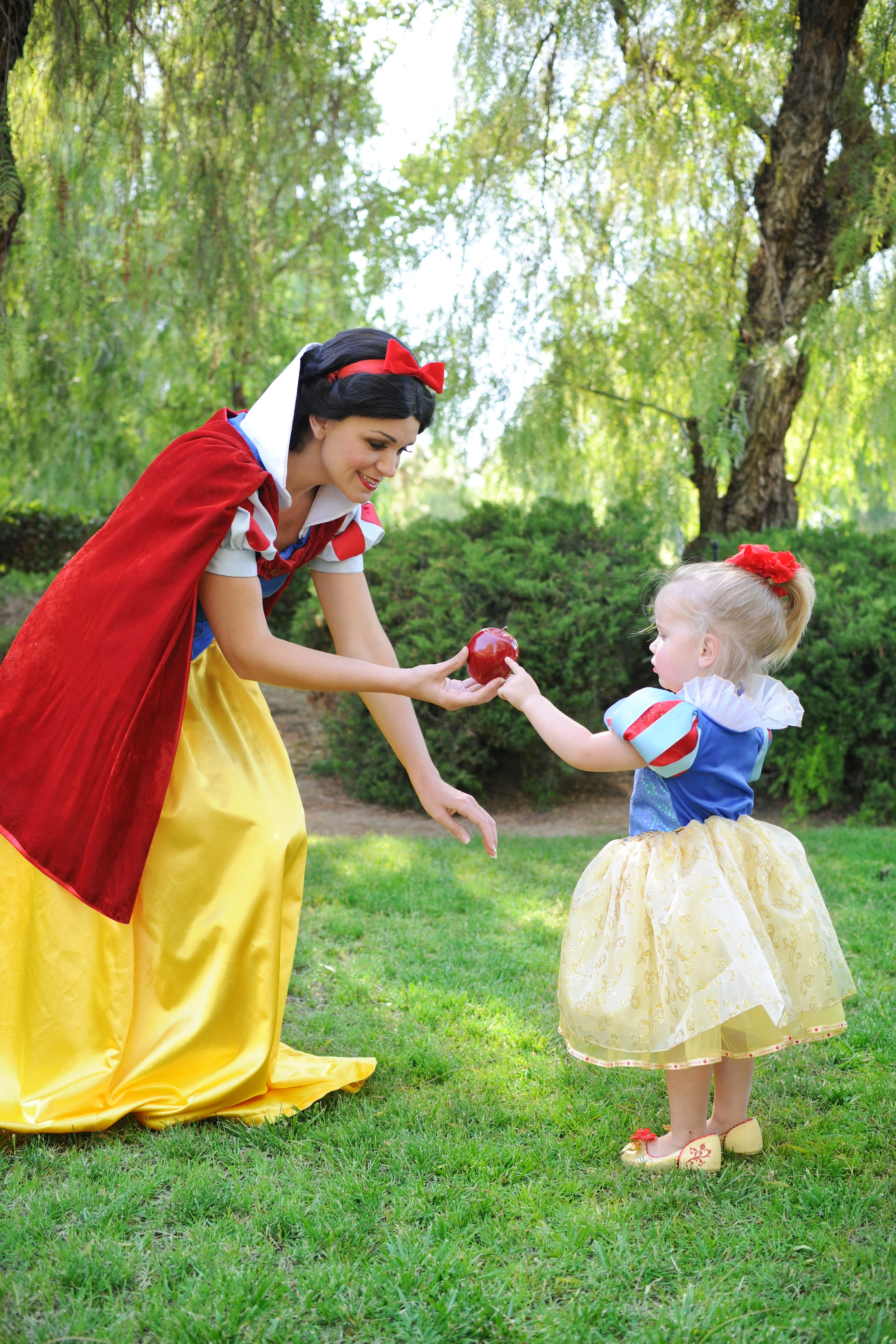 Snow White-5.jpg