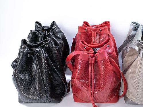"""""""Bucket Bags"""" Ledergeflecht"""