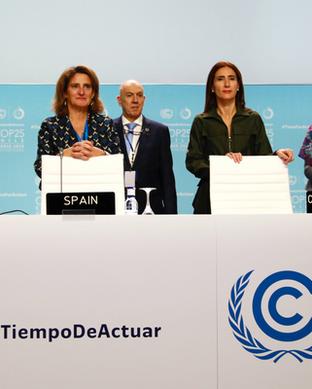 COP25_hls_podium_forcarousel.png