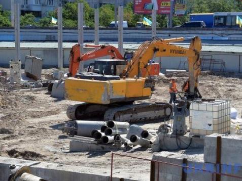 На «Героїв Дніпра» у Києві хочуть забудувати ринок: що скажуть кияни