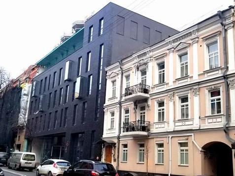 Навіщо Кличко віддав землі Інституту хімії партнеру Тимошенко