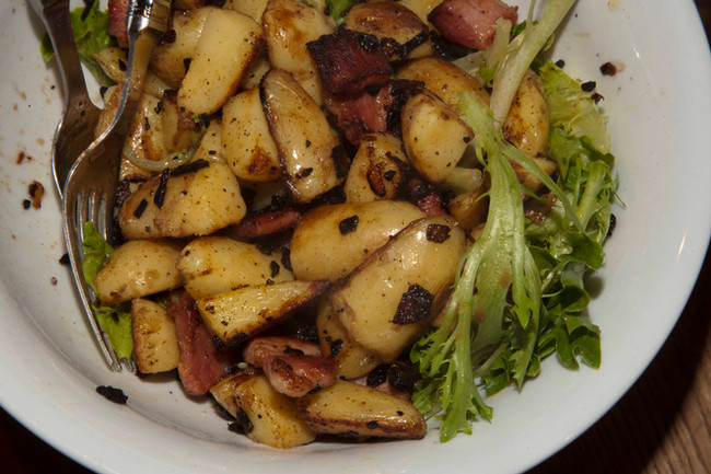 Salad of Hot potatoes, Leaves, Bacon & Onions