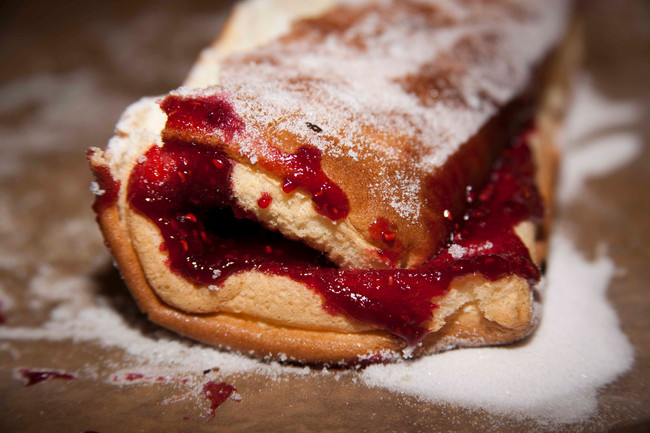 Gateau Roule´ - a Swiss Roll by another name