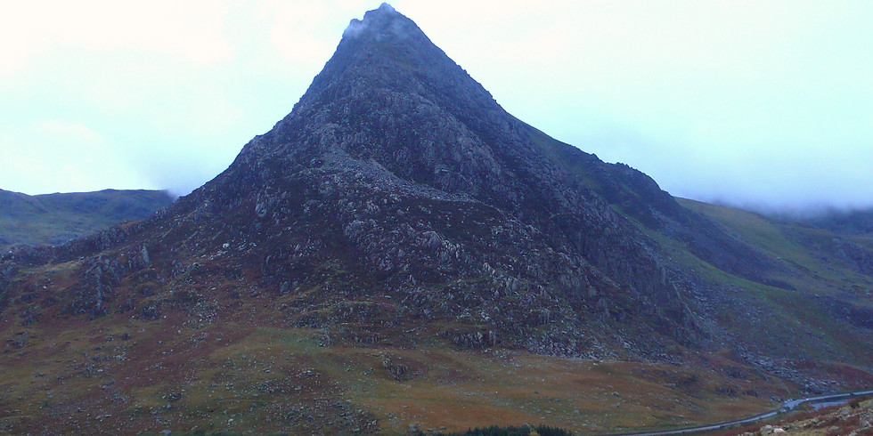 Leading the north ridge of Tryfan: A workshop for mountain leaders.