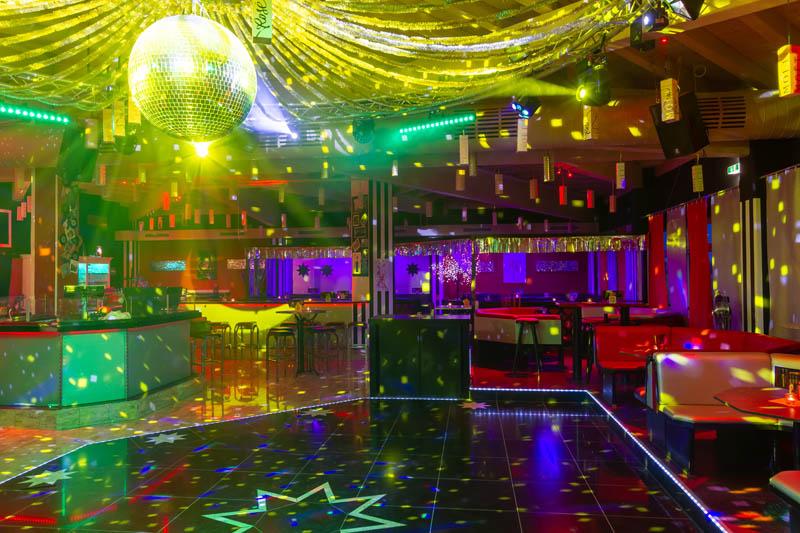 Tanzfläche_DJ_Bar_800