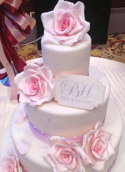 pink rose wedding cake.jpg