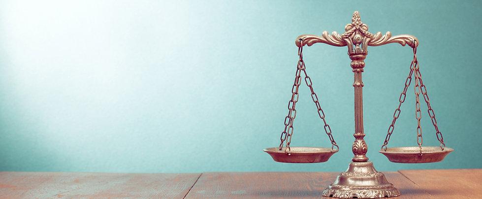 La balance représentant la justice et donc par conséquent les métiers du droit