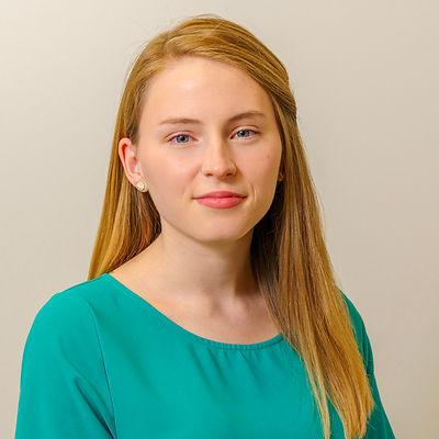 Taylor Profile Pic .jpg