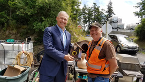 Governor Inslee fits right in