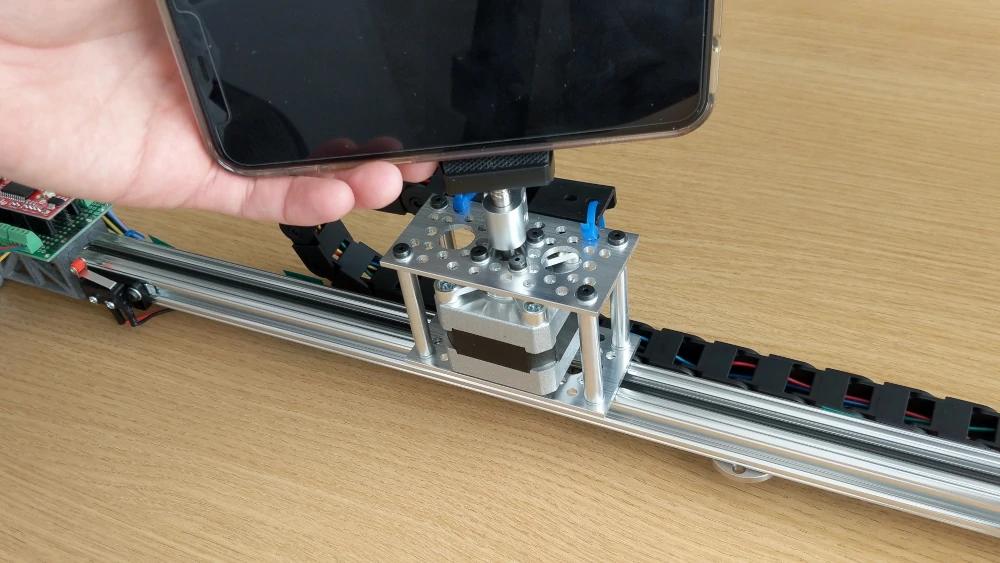 Attaching a camera phone to a stepper motor