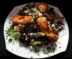 Rumi's-Salad-with-Chicken