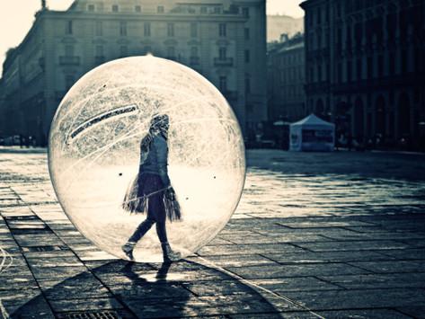 """""""Out of my bubble"""" Esistono altre strade per comunicare e raggiungere i nostri clienti?"""