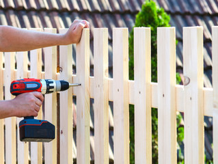Five Things to Consider When Building or Repairing Your Fence