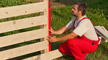 5 Fence Installation Hacks for Amateurs