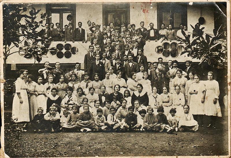 Italianos en el club de pescadores - 1940