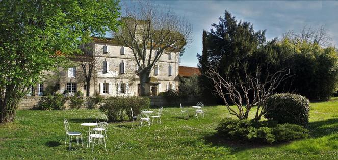 Domaine-du-petit-mylord-grand-jardin.jpg