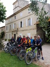 domaine-du-petit-mylord-vacances-chambres-hôtes-beaucaire-tourisme-vélo-viarhona-occitanie