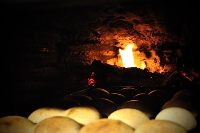 自家製酵母てこねパン