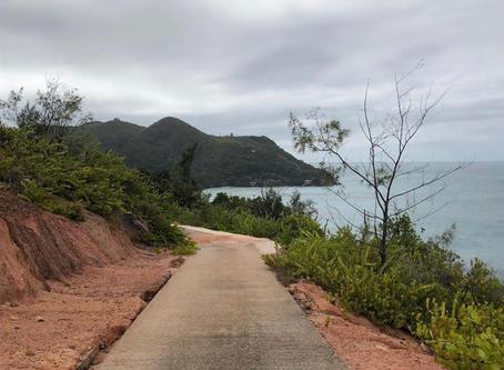 Seychelles Hiking Tour