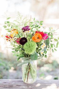 Spring+Mason+Jar+Arrangement