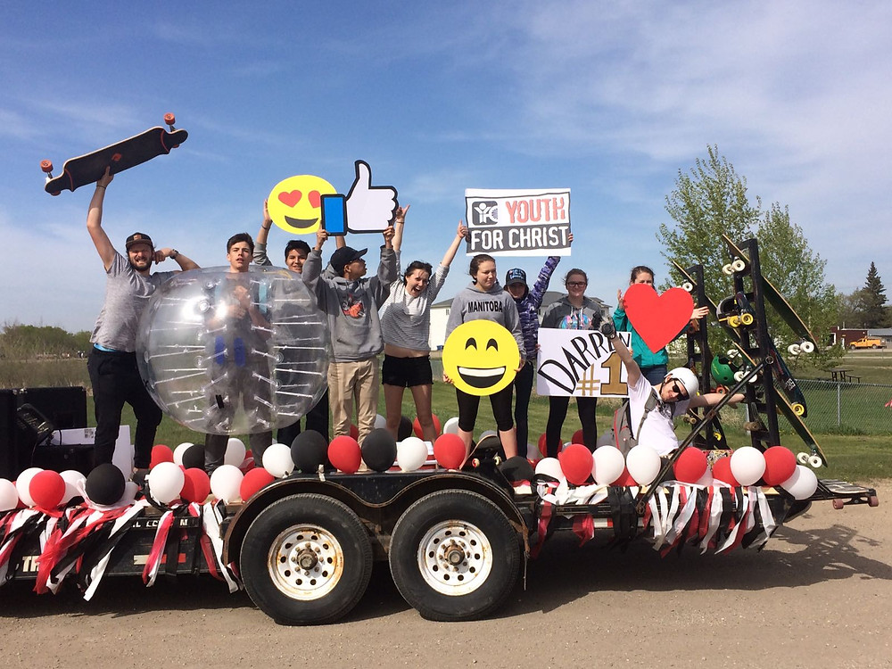 Youth on our float for Darren's Homecoming!