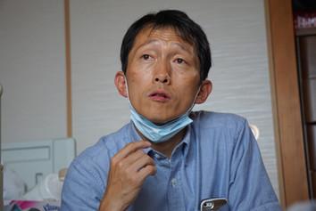 園田先生 往診中.JPG
