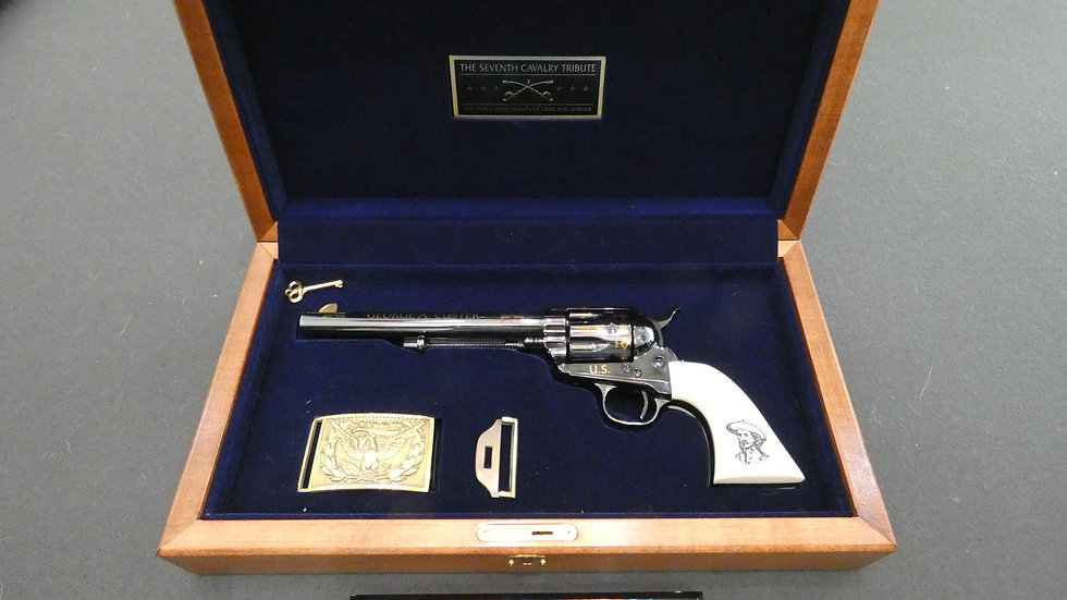 """LIMITED EDITION  371 OF 500 """"The Seventh Cavalry Tribute Revolver 45LC"""