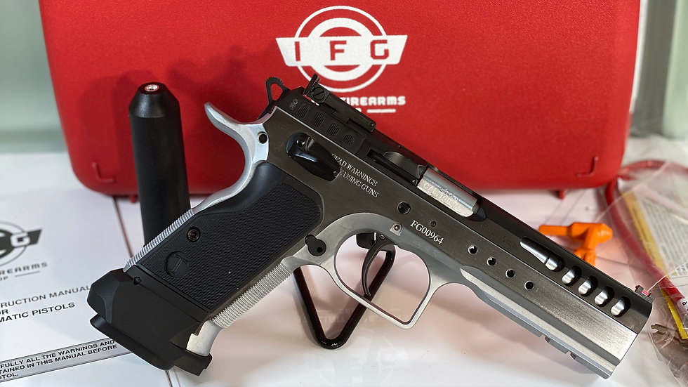 ITALIAN FIREARMS GROUP. DEFIANT LIMITED MASTER COMPETITION PISTOL 10MM