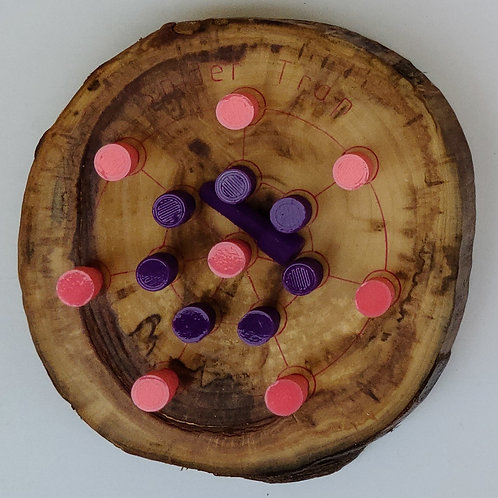Game - Live Edge Spider Trap - Pink and Purple Pegs