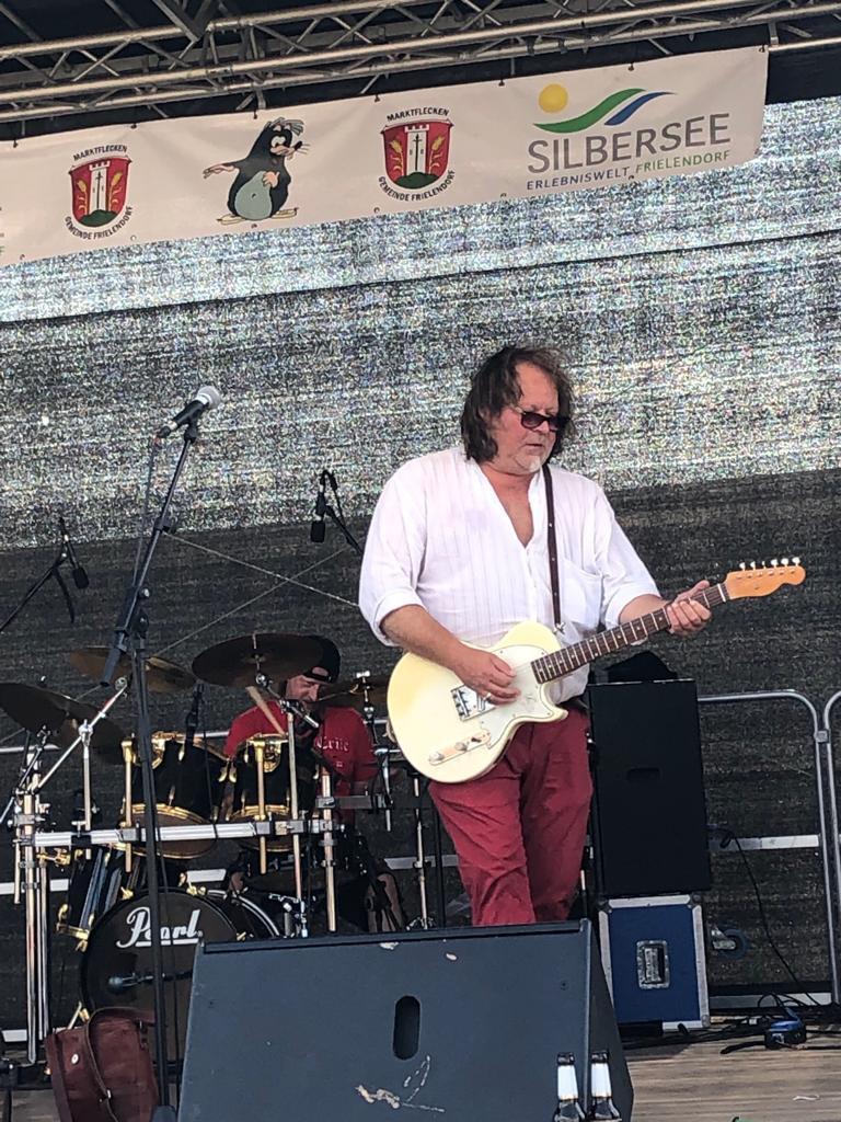 Franklin-d-band-kassel-forkfestival-Bühne