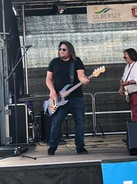 Franklin-d-band-kassel-forkfestival-Bass