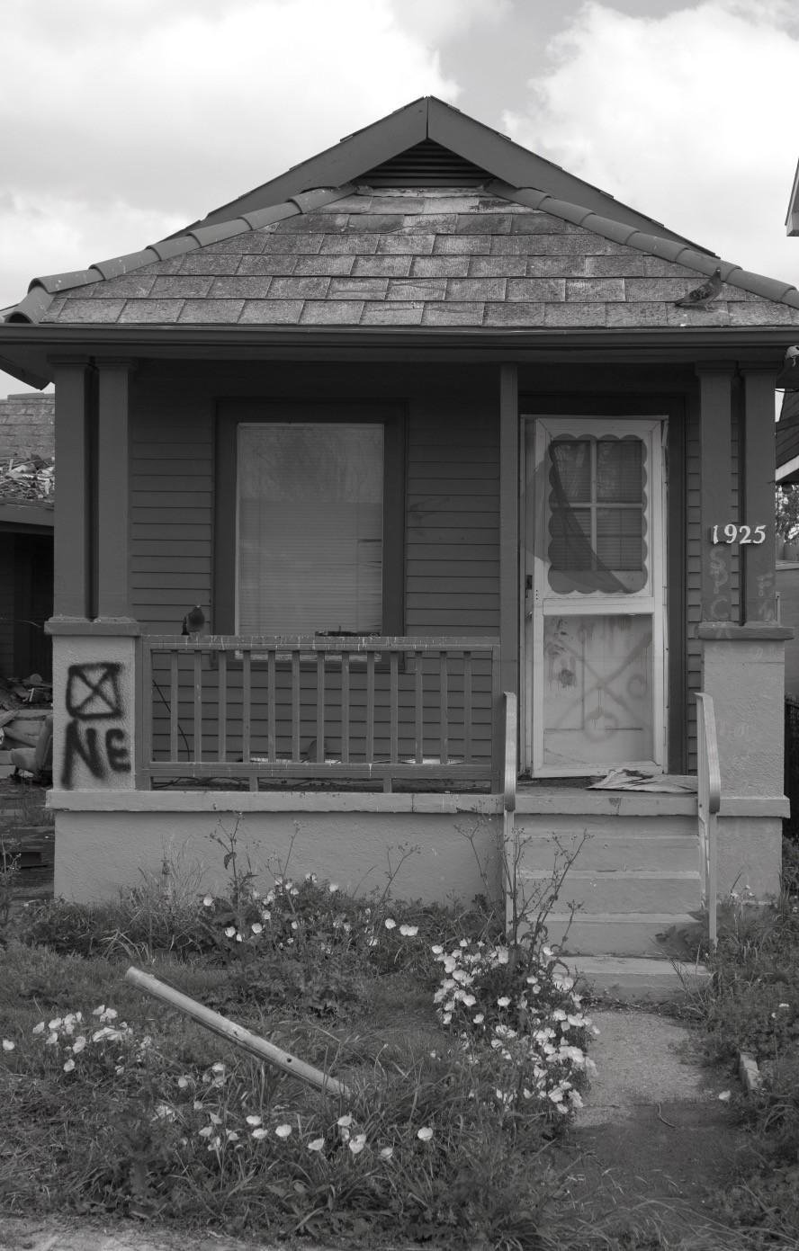 A shotgun house, much like Solomon Gregory's