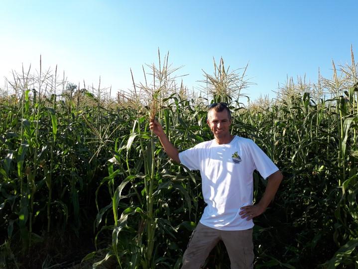 'Klahim Umevohim' Uri Weiss, Corn Maze and Picking Hod Hasharon