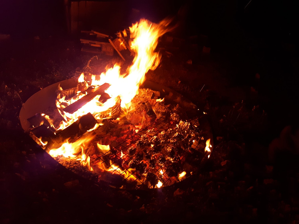 Manara Lodge Bonfire